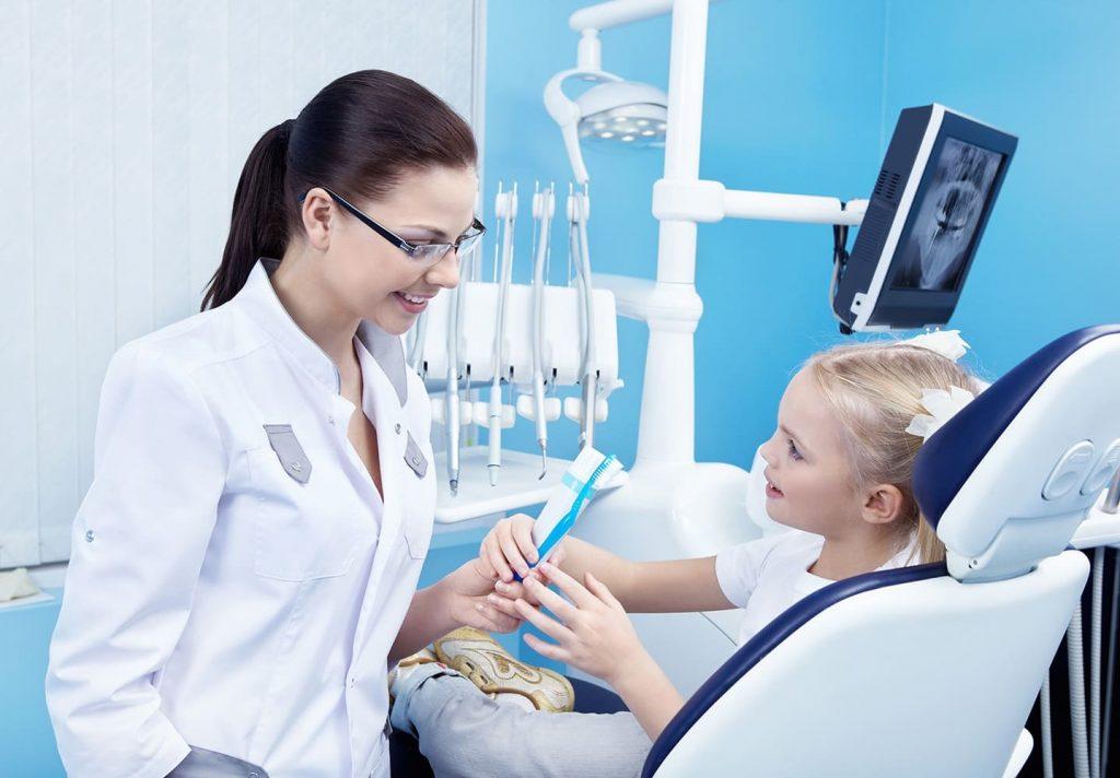 Фотография врача стоматолога